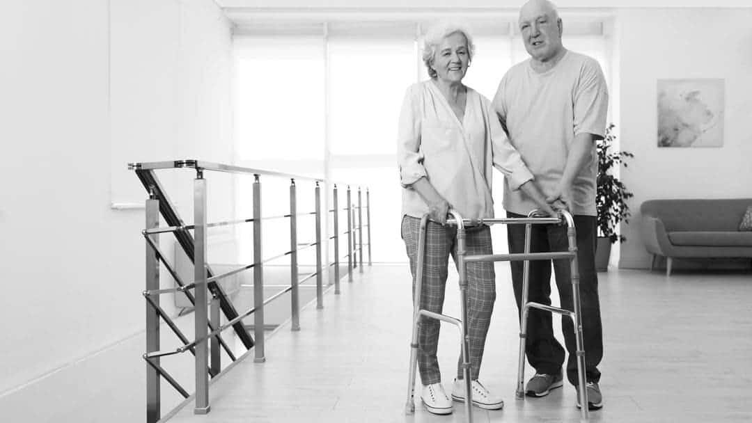 come camminare dopo protesi anca