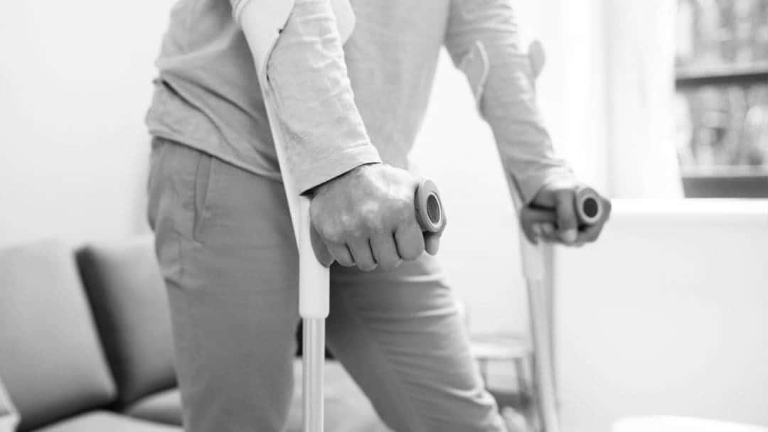 protesi anca come camminare